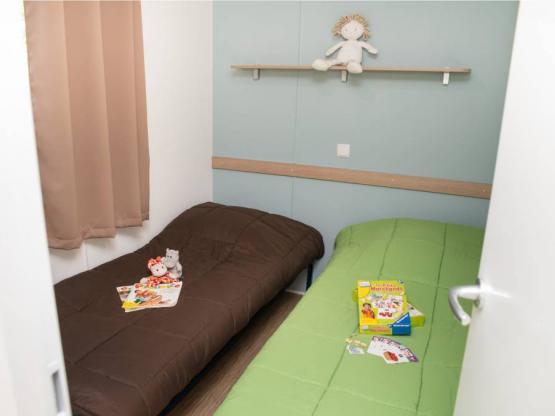 Mobilheim TECK 2 Zimmer + überdachte Terrasse : Camping La ...