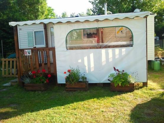 LOCATION MOBILHOME 4 PERS. MAXI AVEC TERRASSE COUVERTE : CAMPING LE ...