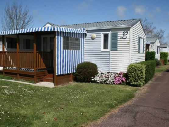confort espace 3 chambres airotel camping mer et soleil. Black Bedroom Furniture Sets. Home Design Ideas