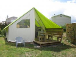 Ecolodge tent, 2 bedrooms with a wooden terrace